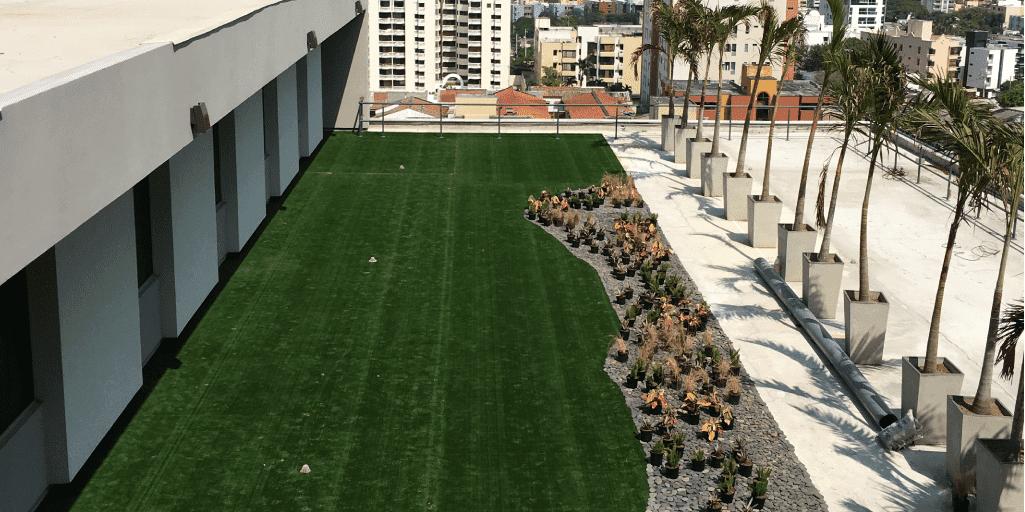 grama sintética paisajista para jardines