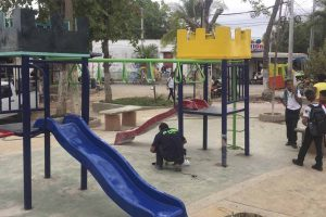 parques infantiles metalicos en barranquilla
