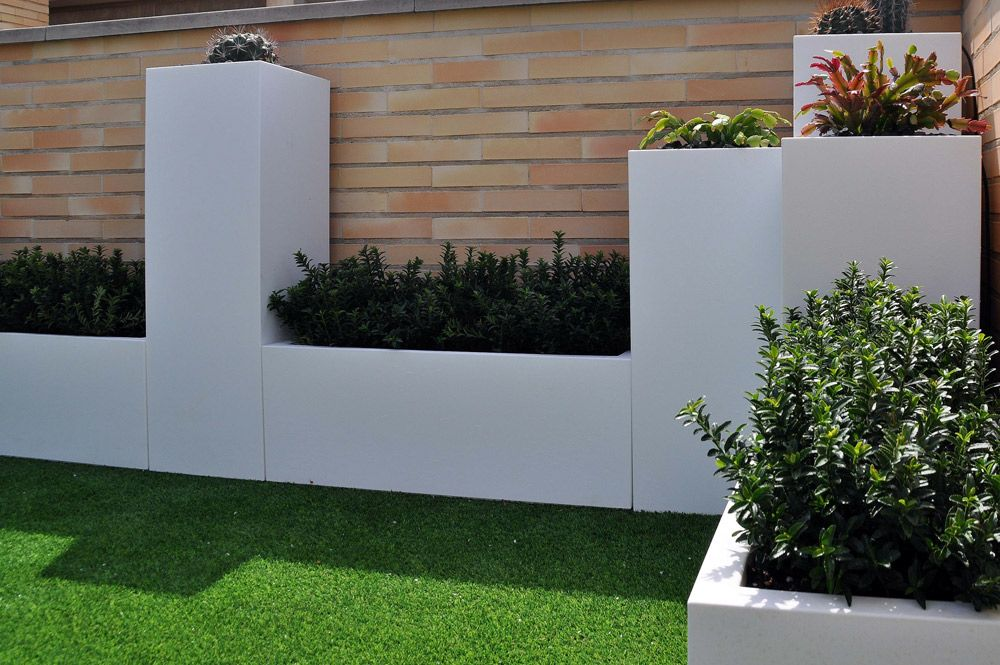 grama sintética en tu hogar en jardines