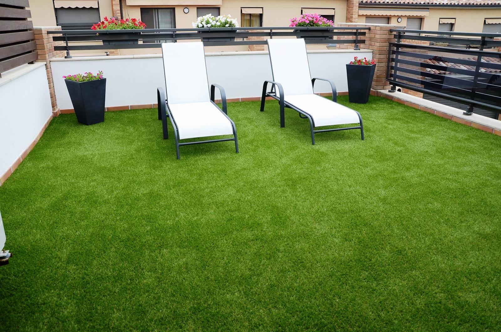 grama sintética en tu hogar en terrazas