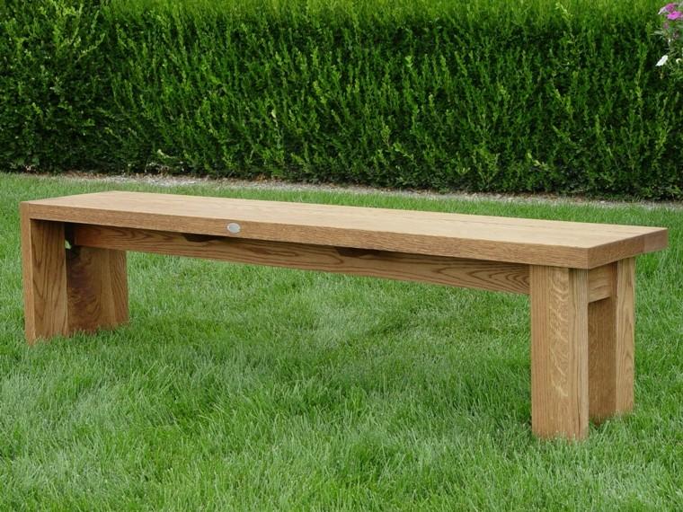 banca en madera estilo minimalista