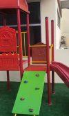 suministro e instalación de grama sintética de 350gr y mantenimiento de playground