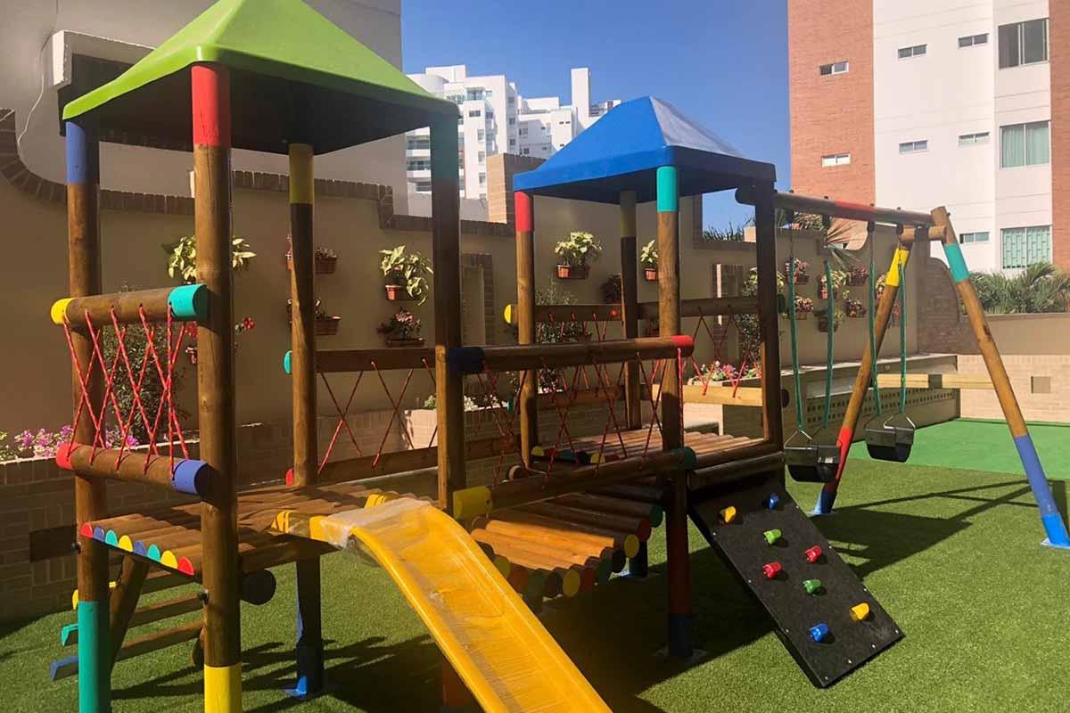 en la construcción de parques infantiles somos tu proveedor de confianza