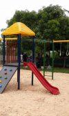 construcción de parque infantil metálico en Zapatero - Bolivar