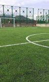 suministro e instalación de grama sintética y accesorios para cancha de futbol Santa Marta