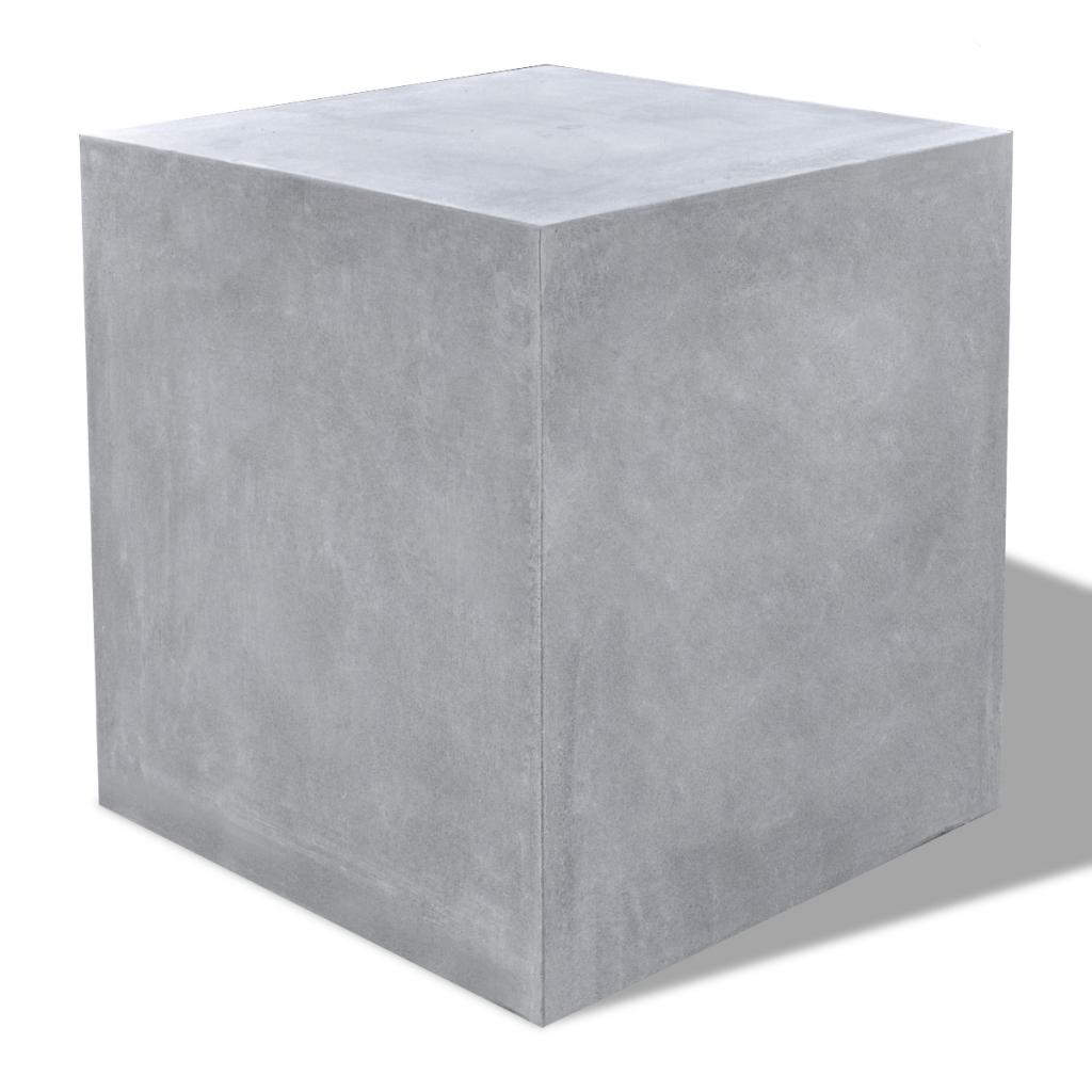 bancas en concreto tipo cubo o cuadradas