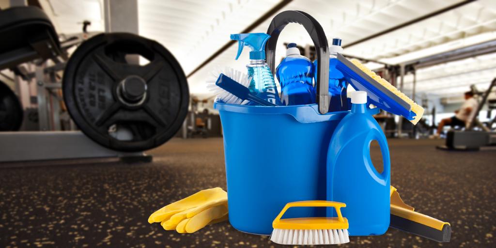 limpieza de los pisos de caucho en gimnasios