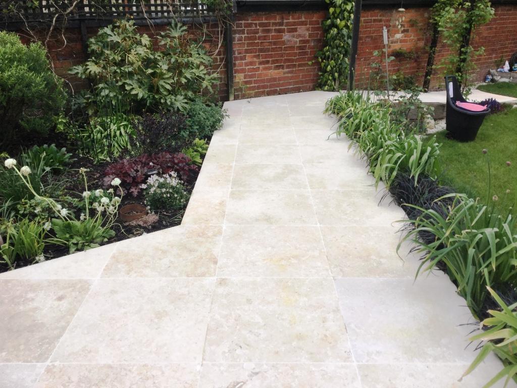 Caminos de jardín con mármol