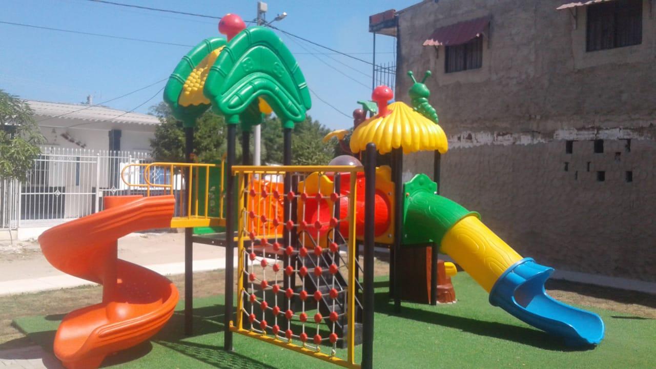 diseño de parques infantiles tipo playground